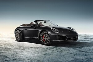 Porsche Carrera Black