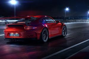 PORSCHE GT3 RS CGI Rear