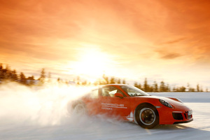 Porsche Ice Experience 911