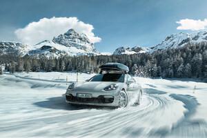 Porsche In Snow