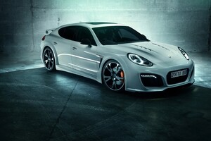 Porsche Panamera Turbo Wallpaper