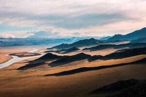 Prairie Mountains Wallpaper
