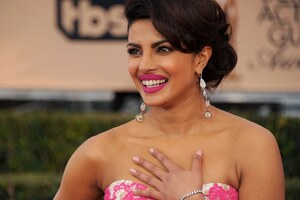 Priyanka Chopra 13 Wallpaper