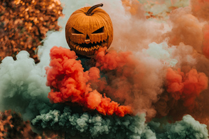 Pumpkin Helmet Guy Smoke 4k Wallpaper