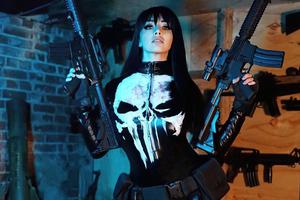 Punisher Girl Cosplay 4k Wallpaper