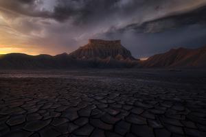Rain Storm Desert 4k Wallpaper