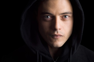 Rami Malek in Mr Robot 2 Wallpaper