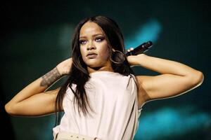Rihanna 2020 Wallpaper