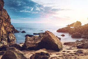 Rocks Beach Sunrise 4k Wallpaper