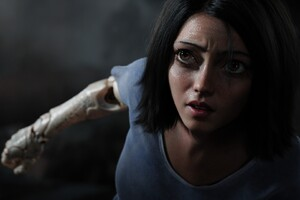 Rosa Salazar In Alita Battle Angel 4k