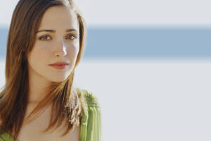 Rose Byrne Simple Wallpaper