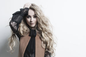 Sabrina Carpenter 2019 Wallpaper