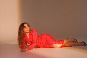 Sabrina Carpenter Refinery Photoshoot Wallpaper