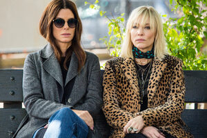 Sandra Bullock And Cate Blanchett In Ocean 8