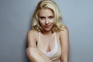 Scarlett Johansson 1 Wallpaper