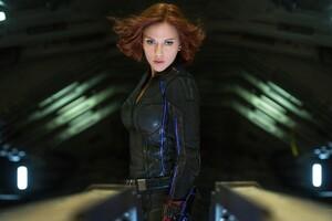 Scarlett Johansson Avengers Wallpaper