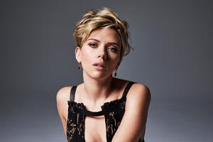 Scarlett Johansson Cosmo 2017