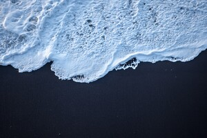 Sea Foam Black Sand 4k Wallpaper