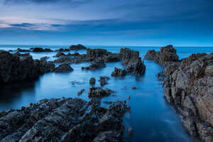 Sea Rocks Evening View 5k Wallpaper