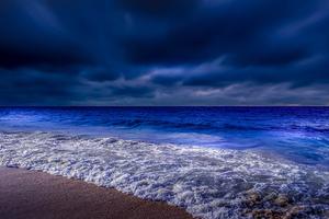 Sea Shore Waves At Night Time 4k