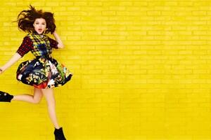 Selena Gomez 18 Wallpaper