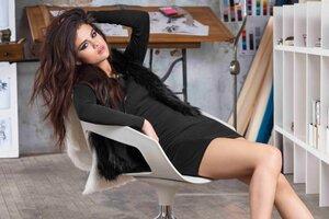 Selena Gomez Wide