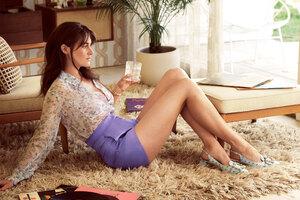 Shailene Woodley Instyle Magazine Photoshoot Wallpaper