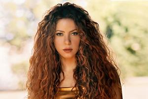 Shakira Vogue Mexico 2021 Wallpaper