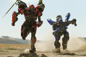 Shatter And Dropkick Decepticon In Bumblebee Movie