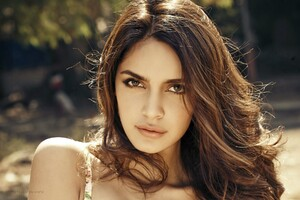 Shazahn Padamsee 3 Wallpaper