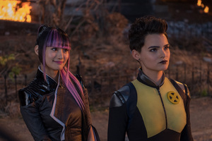 Shioli Kutsuna And Negasonic Teenage Warhead Deadpool 2 Wallpaper