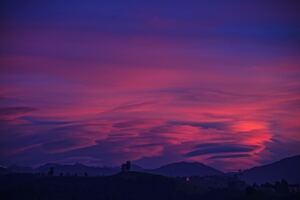 Silhouette Beautiful Clouds Photo Pink 4k