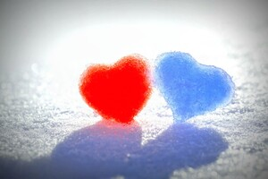 Snow Hearts Wallpaper
