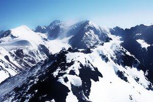 Snow White Mountains