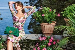 Sofia Vergara Dolce Gabbana 2020 5k Wallpaper