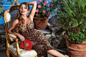 Sofia Vergara Dolce Gabbana 2020 Wallpaper