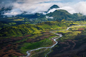 Somewhere In The Highlands Of Iceland 4k