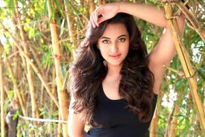 Sonakshi Sinha 5