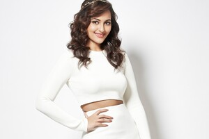 Sonakshi Sinha White Dress Wallpaper