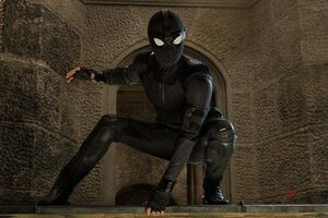 Spiderman Far From Home Black Suit