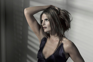 Stana Katic 2 Wallpaper