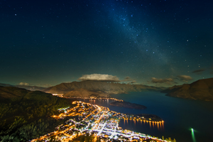 Stars Over Queenstown 8k Wallpaper