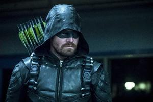 Stephen Amell As Green Arrow In Season 6