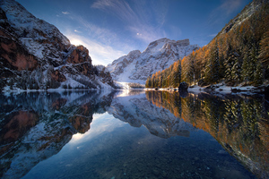 Sunrise In Braies Lake 4k Wallpaper