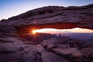 Sunrise Under Arch 4k