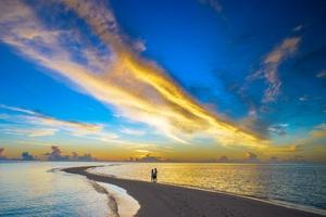 Sunset Couple Cloud Island Beach Wallpaper