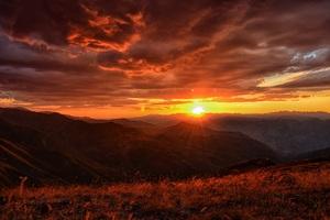 Sunset Landscape Mountains Clouds 4k