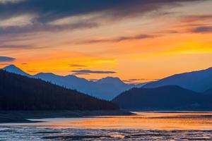 Sunset Mountains Lake 5k Wallpaper