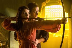 Taron Egerton And Eve Hewson In Robin Hood 2018