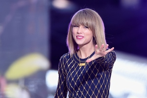 Taylor Swift 4 Wallpaper